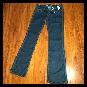 NWT Juniors Blue Asphalt Dark Washed Long Jeans